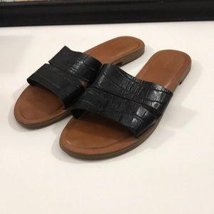 Aldo Black Crocodile Sandals Size 8